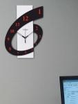 RANDOM Black & White Dial Analogue Wall Clock